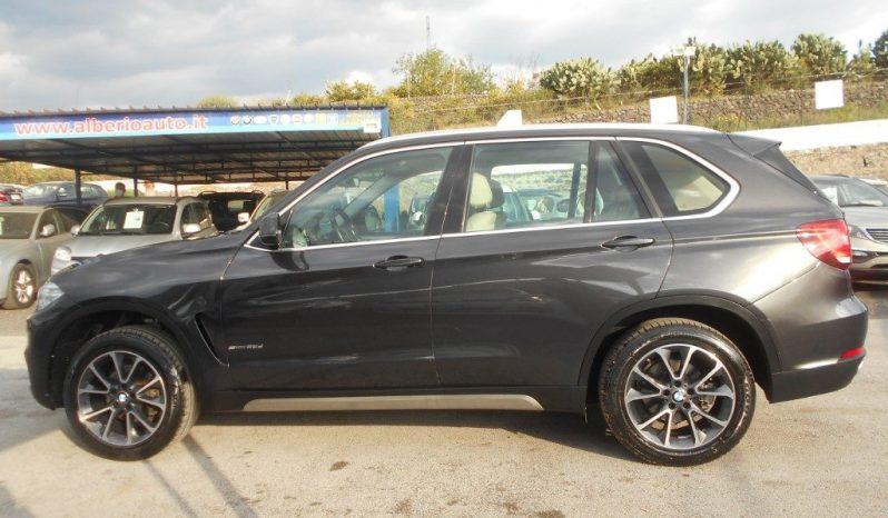 BMW X5 pieno